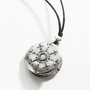 J. Jill Gorgeous Snowflake Locket - NWT